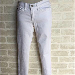 Women's KanCan white skinny jeans waist 24